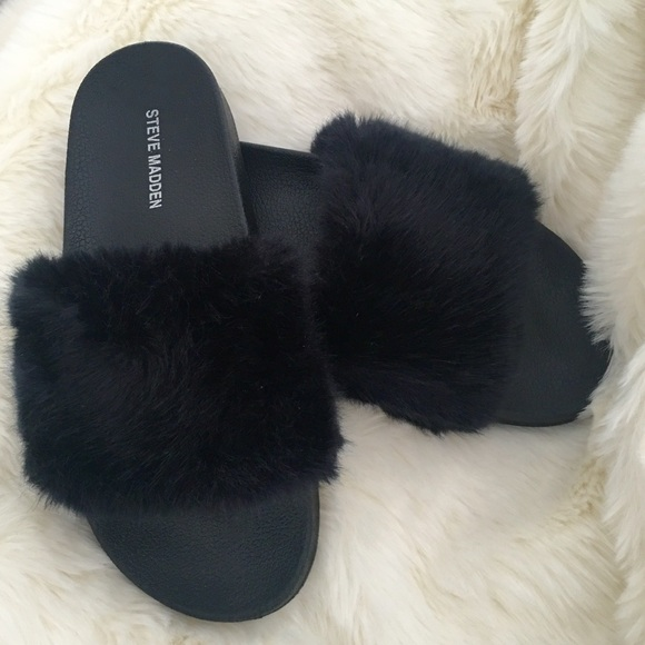 689e85367a7 Steve Madden softey slide 39 black furry sandal 9.  M 5acaeac23800c525570742c9
